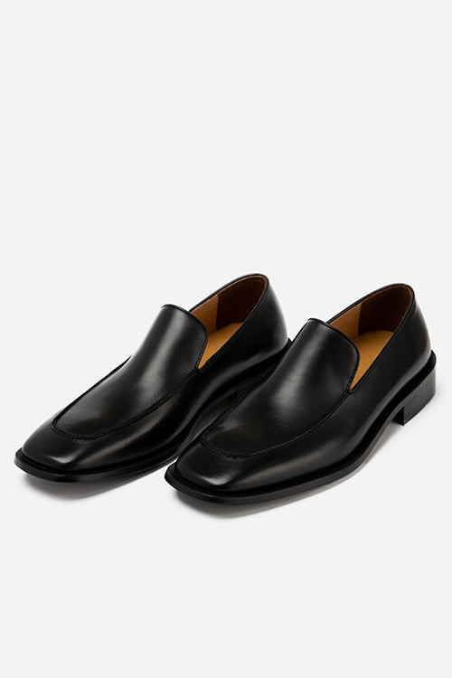 [New Arrival SALE]카셀 스퀘어토 로퍼 R20M104 (Black)  Kassel Square Toe Loafer R20M104 (Black)